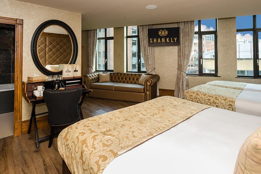 Luxury hotel room - accommodation deals - Shankly Hotel room
