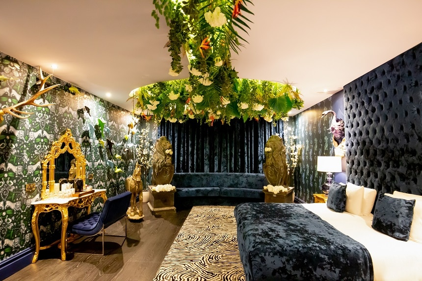 the jungle rooms